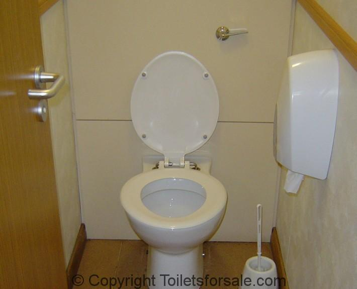 toilet facility in Kensingston Palace